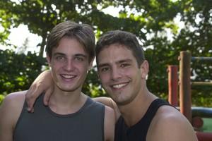 Lo (Max Fercondini) e Gui (Iran Malfitano) (Foto: CEDOC/ TV Globo)