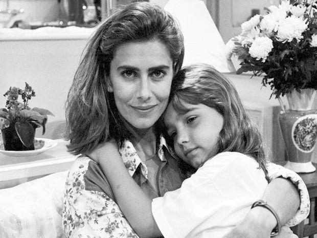 Helena (Maitê Proença) e Bia (Tatyane Goulart)   (Foto: CEDOC/TV Globo)