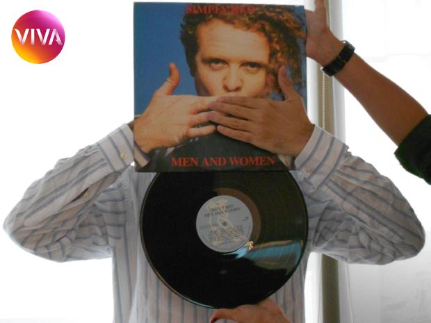 SleeveFace -  Ação com LP (Foto: Canal Viva)