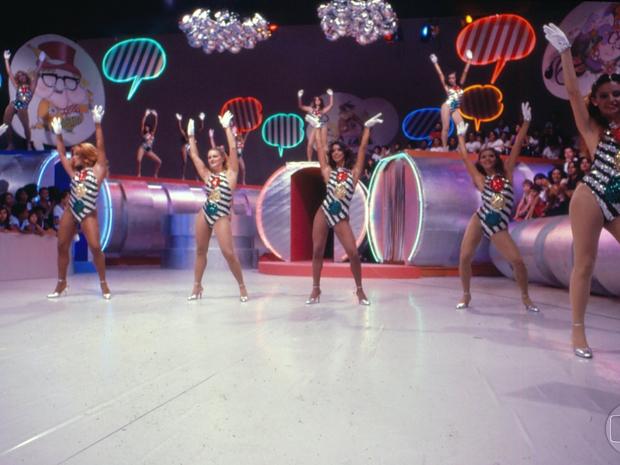 Maiôs de semáforos e sensualidade nos movimentos das Chacretes (Foto: CEDOC/ TV GLOBO)