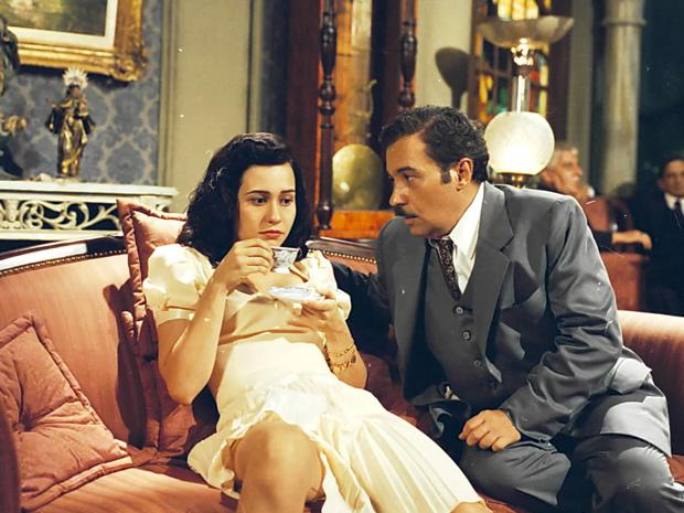 Engraçadinha (Alessandra Negrini) e Zózimo (Pedro Paulo Rangel) (Foto: Bazilio Calazans / TV Globo)