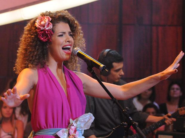 Vanessa da Mata canta no 'Som Brasil' (Foto: TV Globo / Frederico Rozário)