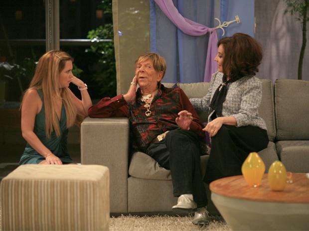 Celinha (Adriana Esteves), Ladir (talo Rossi) e lvara (Stela Miranda) (Foto: Leo Lemos / TV Globo)