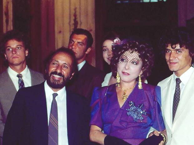 Geraldo (Marcello Novaes), Seu Moreiras (Flávio Migliaccio), Dona Armênia (Aracy Balabanian), Nicinha (Marisa Orth), Gino (Jandir Ferrari ) (Foto: CEDOC/ TV GLOBO)