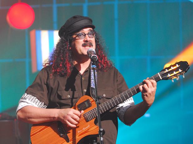 Moraes Moreira participa do 'Som Brasil' (Foto: Zé Paulo Cardeal / TV Globo)