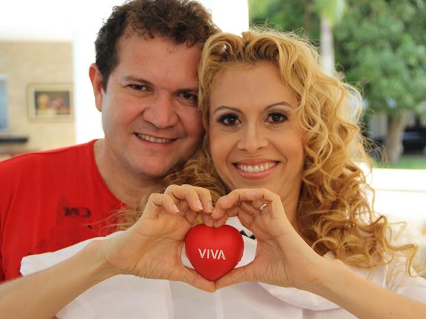 Joelma e Chimbinha, da banda Calypso, são os entrevistados do 'Viva o Sucesso' (Foto: Viva)