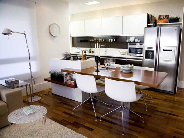 Ambientes pequenos como aproveitar espaço na cozinha  Casa  GNT # Cozinha Com Ilha E Sala Integrada