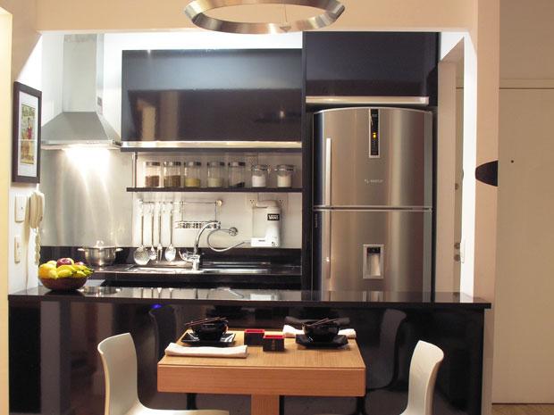 Preto na decoração da cozinha veja como usar  Casa  GNT # Cozinha Simples Gnt