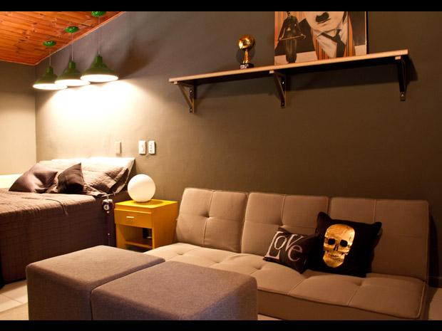 decoracao de sala para homens solteiros:Cozinha pequena Quarto de casal Sala de estar