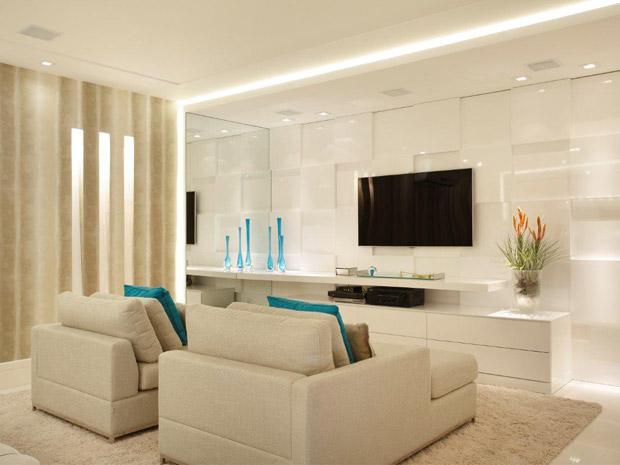 decoracao tudo branco:Branco na decoração: em tudo ou nos detalhes, cor é aposta certa