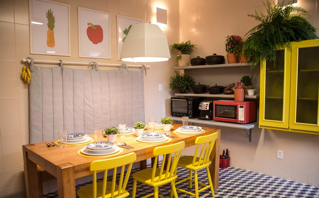 Sala De Estar Com Piso Xadrez ~ Marcelo Rosenbaum mistura cores e texturas na decoração da cozinha