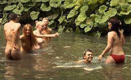 El Naturismo al Desnudo Los Jovenes en el Naturismo
