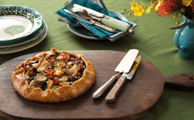 Torta rústica de ratatouille da Rita Lobo - Cozinha Prática - GNT