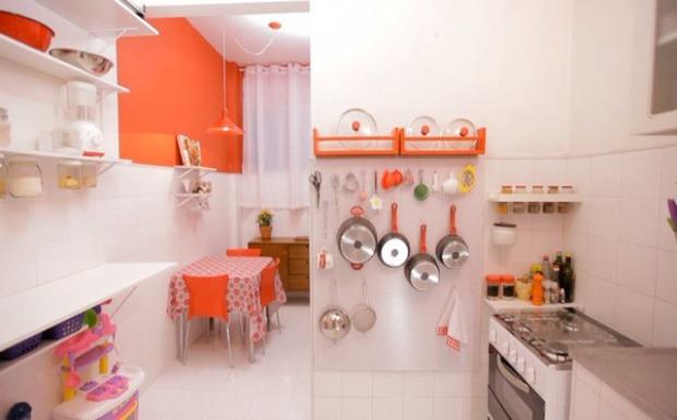 Cozinha pequena ganha organização no Santa Ajuda  Casa  GNT # Cozinha Simples Gnt