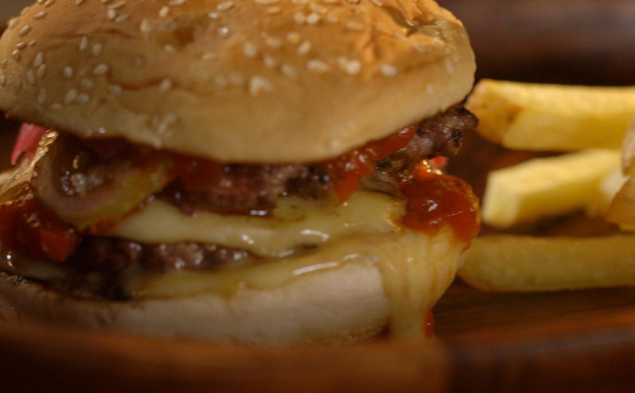 Hambúrguer do chef: mix de patinho e gordura Que Carne Usar  #3A1906 1242 770