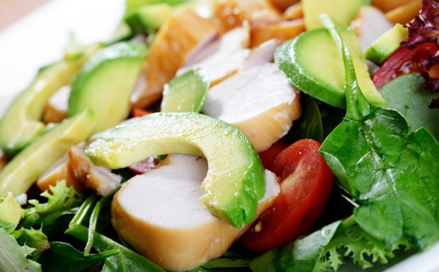 Греческий салат с курицей рецепты с